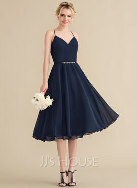 A-Line V-neck Knee-Length Chiffon Bridesmaid Dress With Beading (007144728)