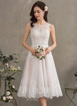 A-Line Scoop Neck Knee-Length Tulle Wedding Dress With Beading Sequins (002186398)