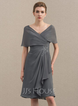 A-Line/Princess Off-the-Shoulder Knee-Length Chiffon Cocktail Dress With Appliques Lace Cascading Ruffles (016174106)