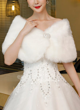 Faux Fur Wedding Wrap (013185724)