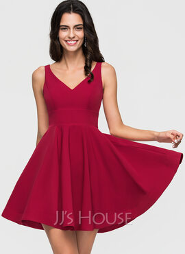 A-Line/Princess V-neck Short/Mini Stretch Crepe Homecoming Dress (022164890)