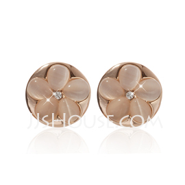 Shining Alloy With Crystal Ladies' Earrings (011027342)