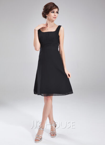 A-Line/Princess Square Neckline Knee-Length Chiffon Bridesmaid Dress With Ruffle Bow(s)