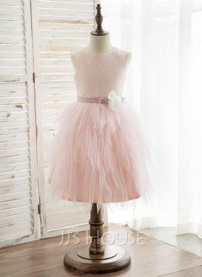 A-Line/Princess Knee-length Flower Girl Dress - Tulle/Lace Sleeveless Scoop Neck With Flower(s)