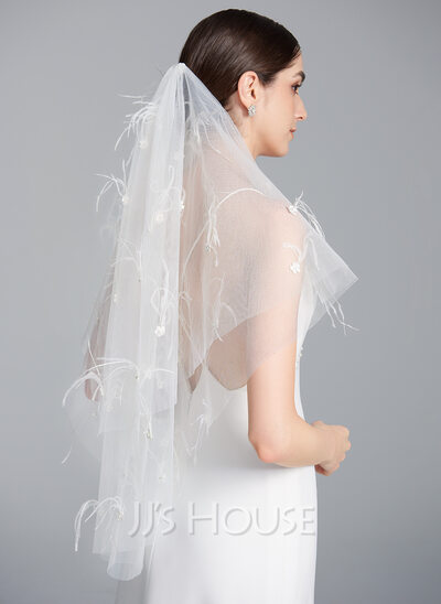 One-tier Cut Edge Fingertip Bridal Veils With Lace