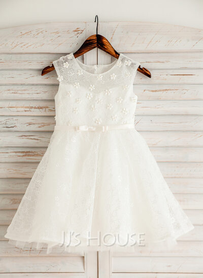 Knee-length Flower Girl Dress - Satin Lace Sleeveless Scoop Neck With Beading Flower(s) Bow(s)