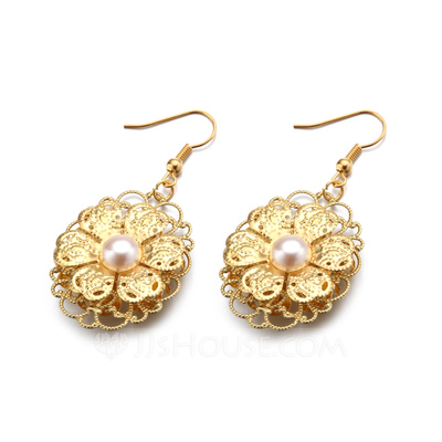 Flower Shaped Alloy/Gold Plated With Pearl Ladies' Earrings
