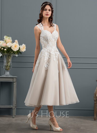 Ball-Gown/Princess Sweetheart Tea-Length Tulle Wedding Dress With Sequins