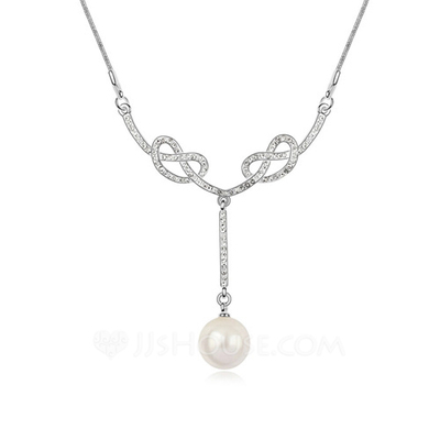 Exquisite Platinum Plated With Pearl Ladies' Necklaces