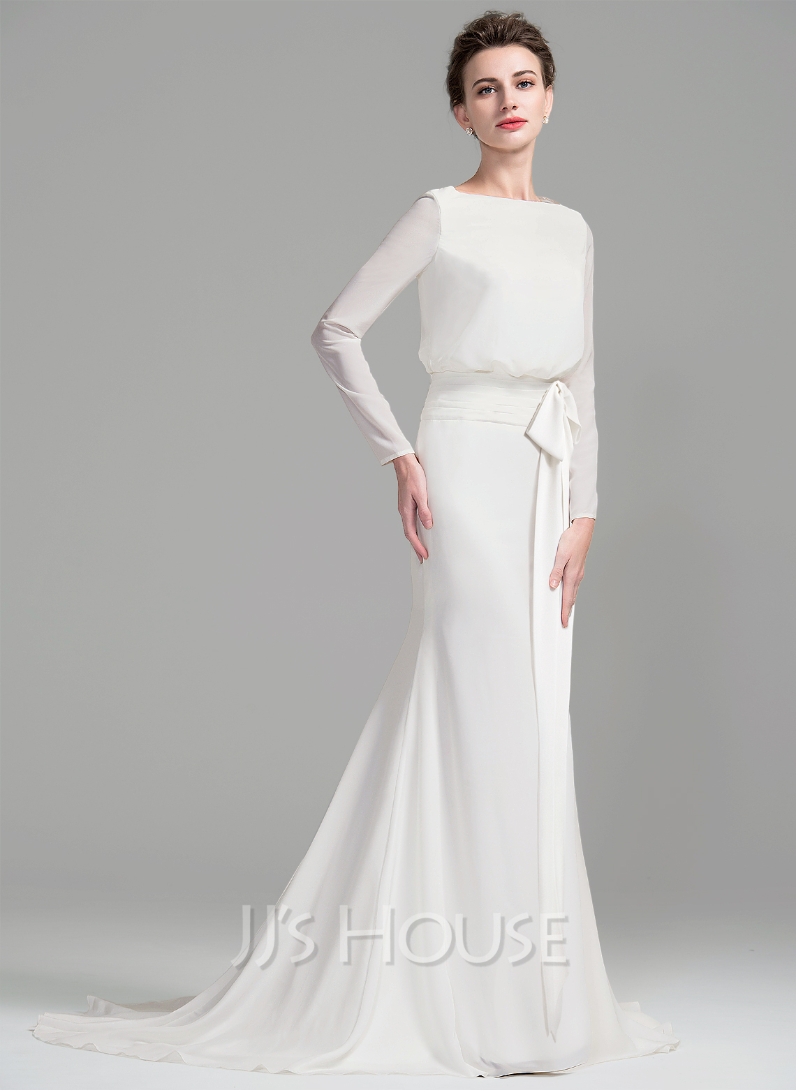 Sheath column scoop neck court train chiffon wedding dress for Scoop neck sheath wedding dress