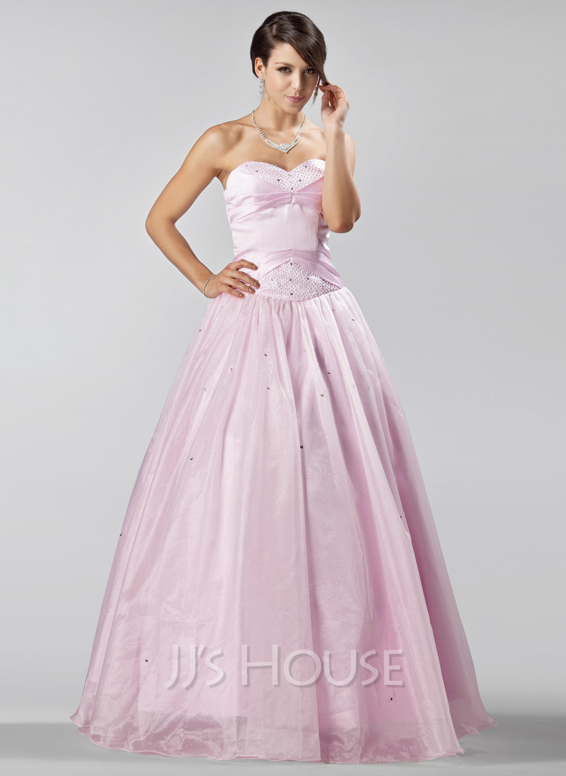 A-Line/Princess Sweetheart Floor-Length Organza Quinceanera Dress With Beading