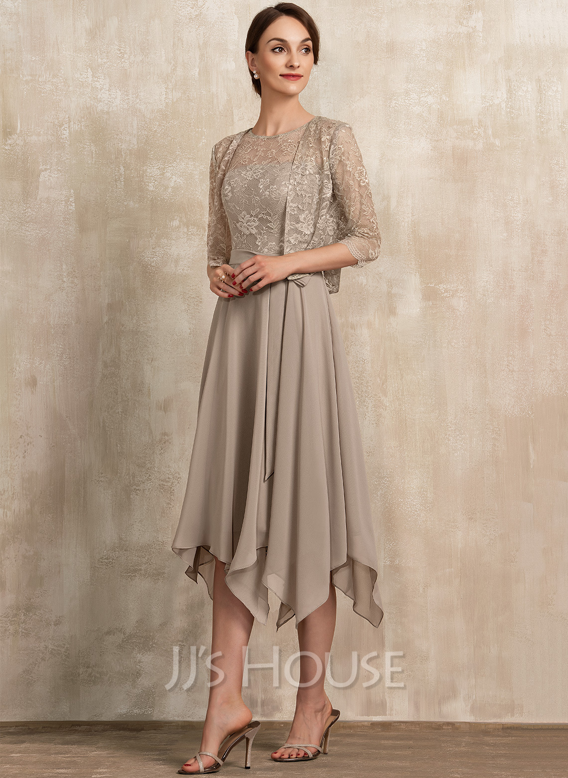 Scoop Neck Tea-Length Chiffon Lace Cocktail Dress With Bow(s)