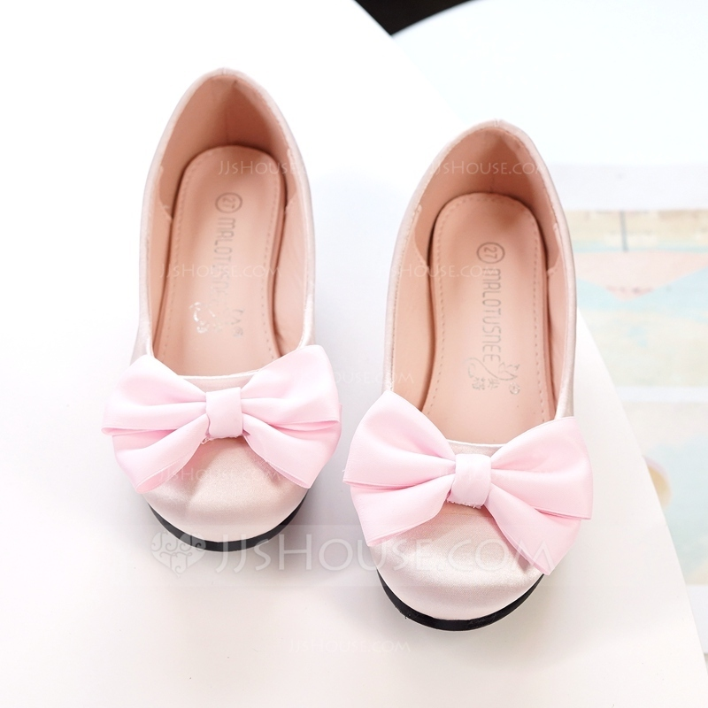 Girl's Round Toe Closed Toe Silk Like Satin Flats Sneakers & Athletic Flower Girl Shoes With Bowknot