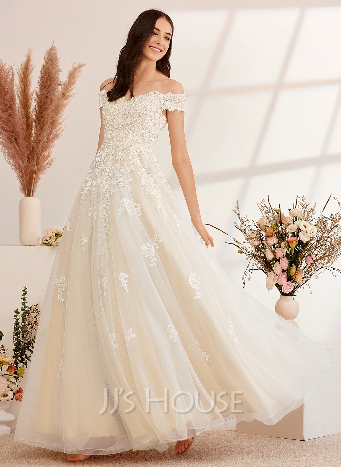 Ball-Gown/Princess Off-the-Shoulder Floor-Length Wedding Dress With Beading Sequins