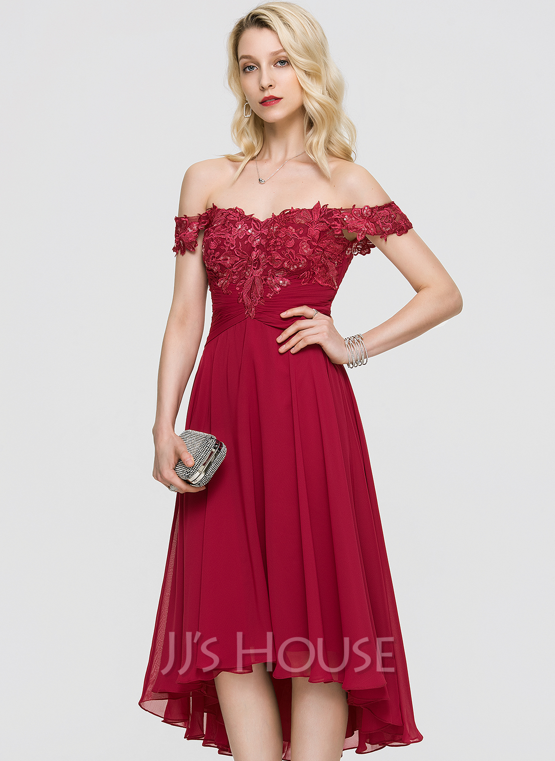 A-Line Off-the-Shoulder Asymmetrical Chiffon Cocktail Dress With Ruffle Sequins