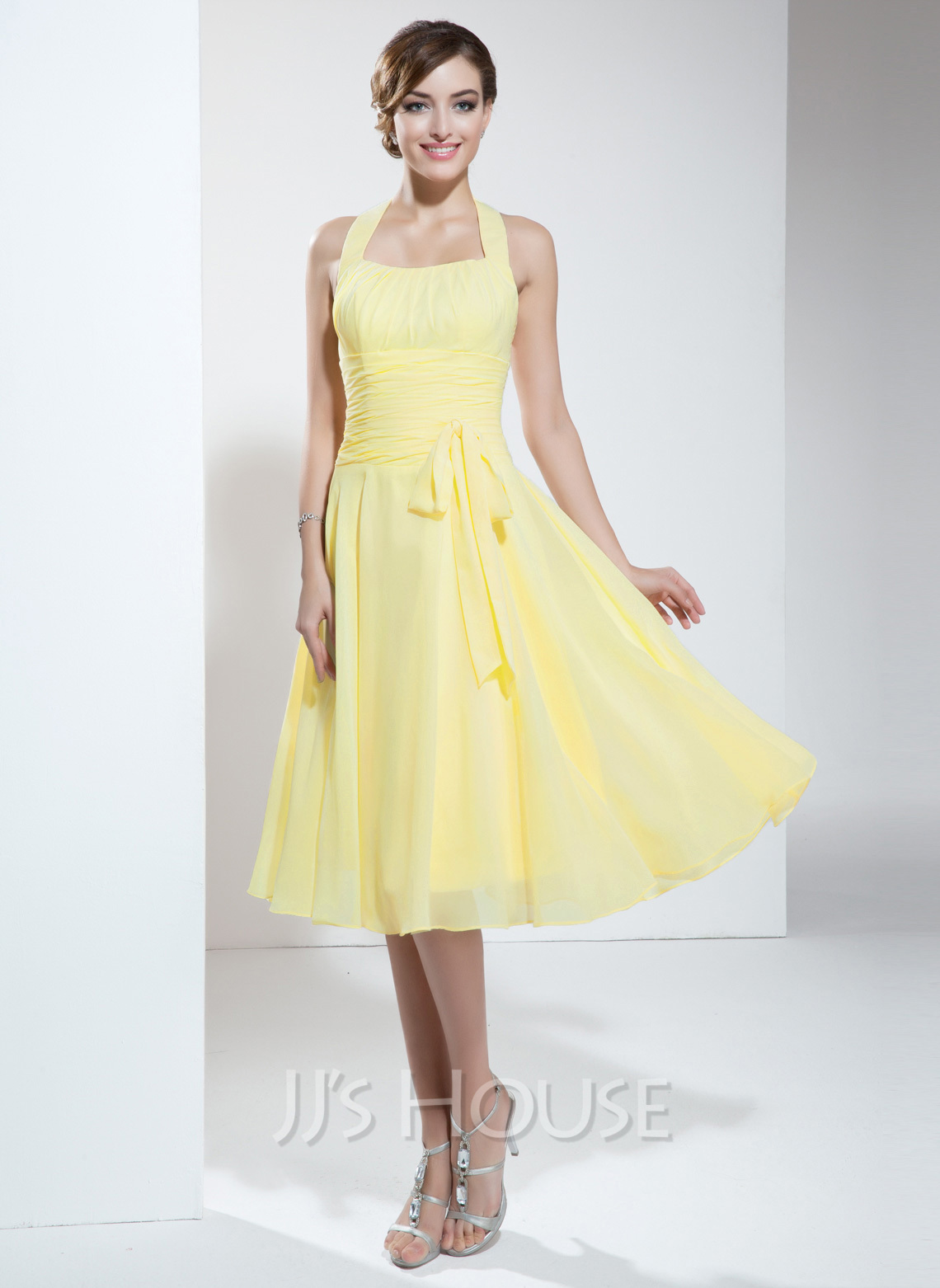 A Line Princess Halter Knee Length Chiffon Homecoming
