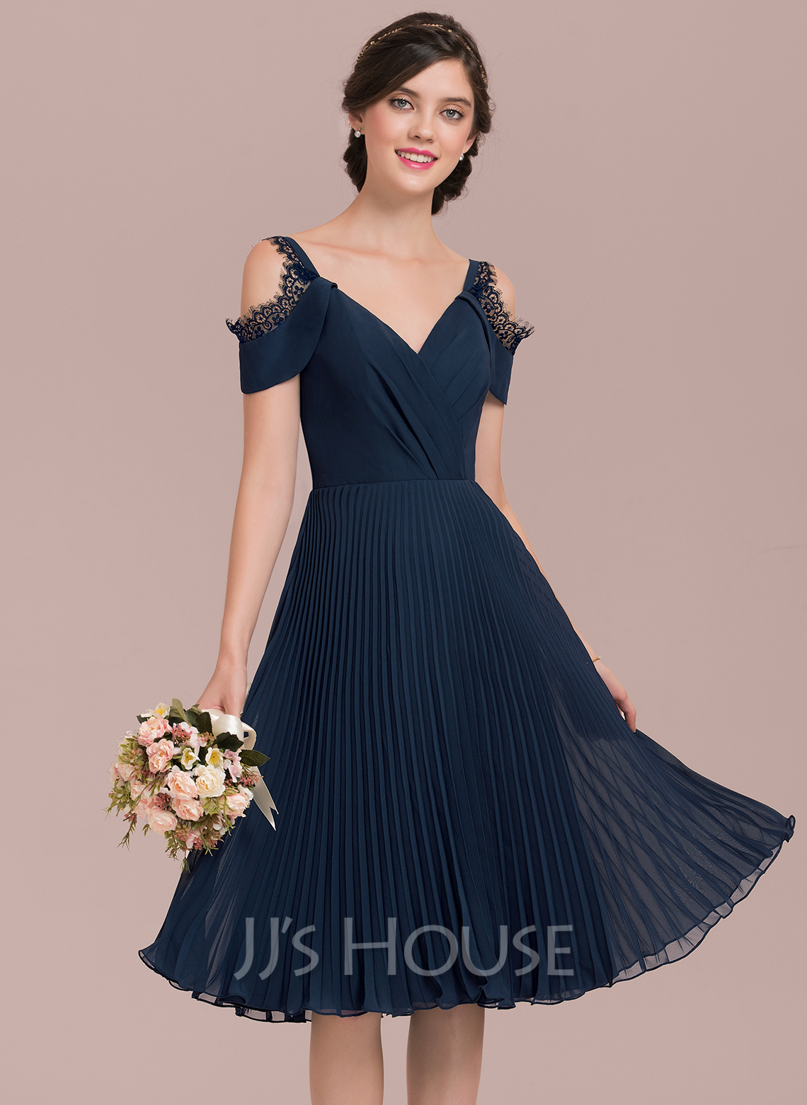 V-neck Knee-Length Chiffon Bridesmaid Dress With Lace Pleated