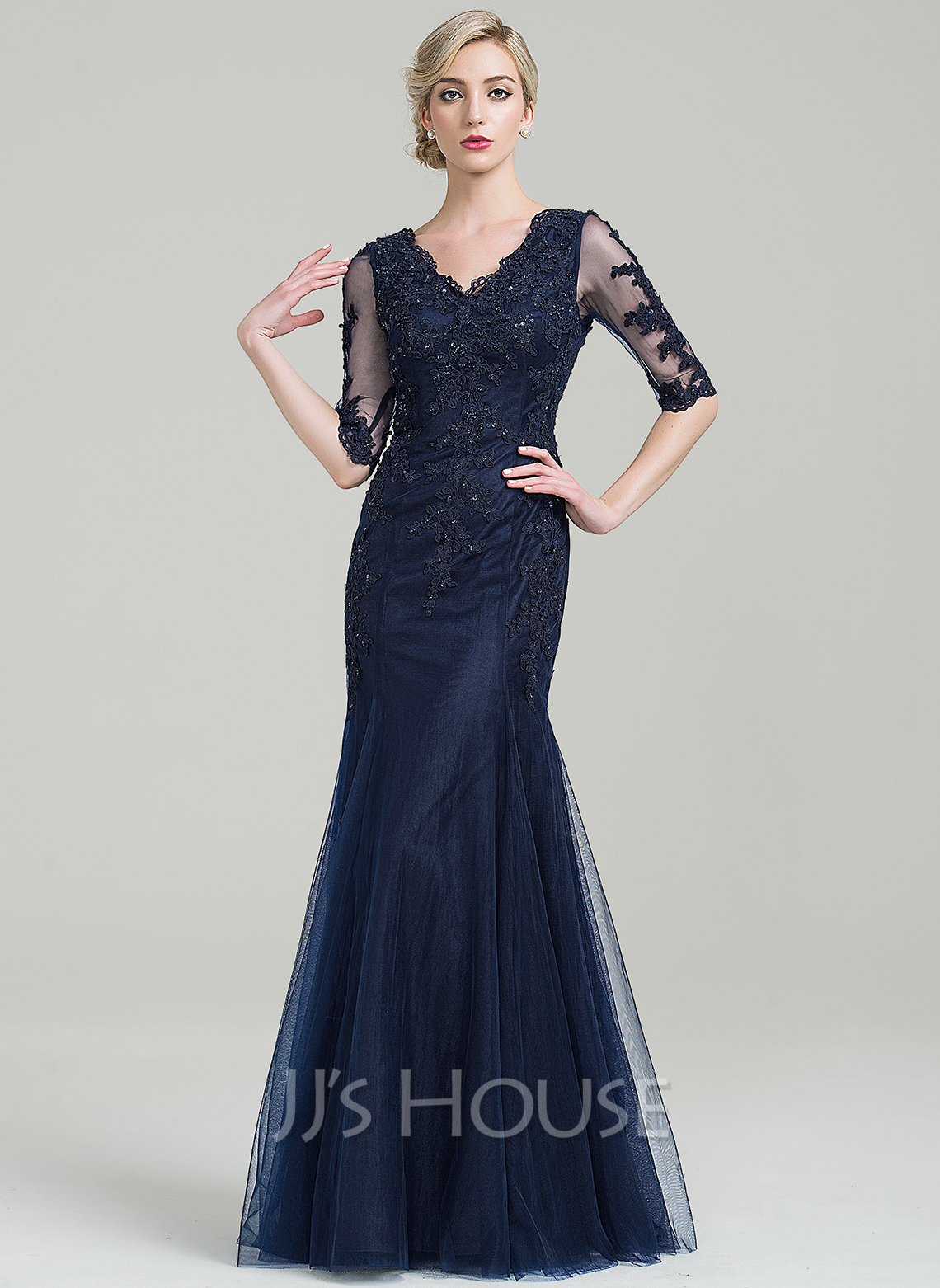 6c6c48036a4 Trumpet Mermaid V-neck Floor-Length Tulle Mother of the Bride Dress With.  Loading zoom