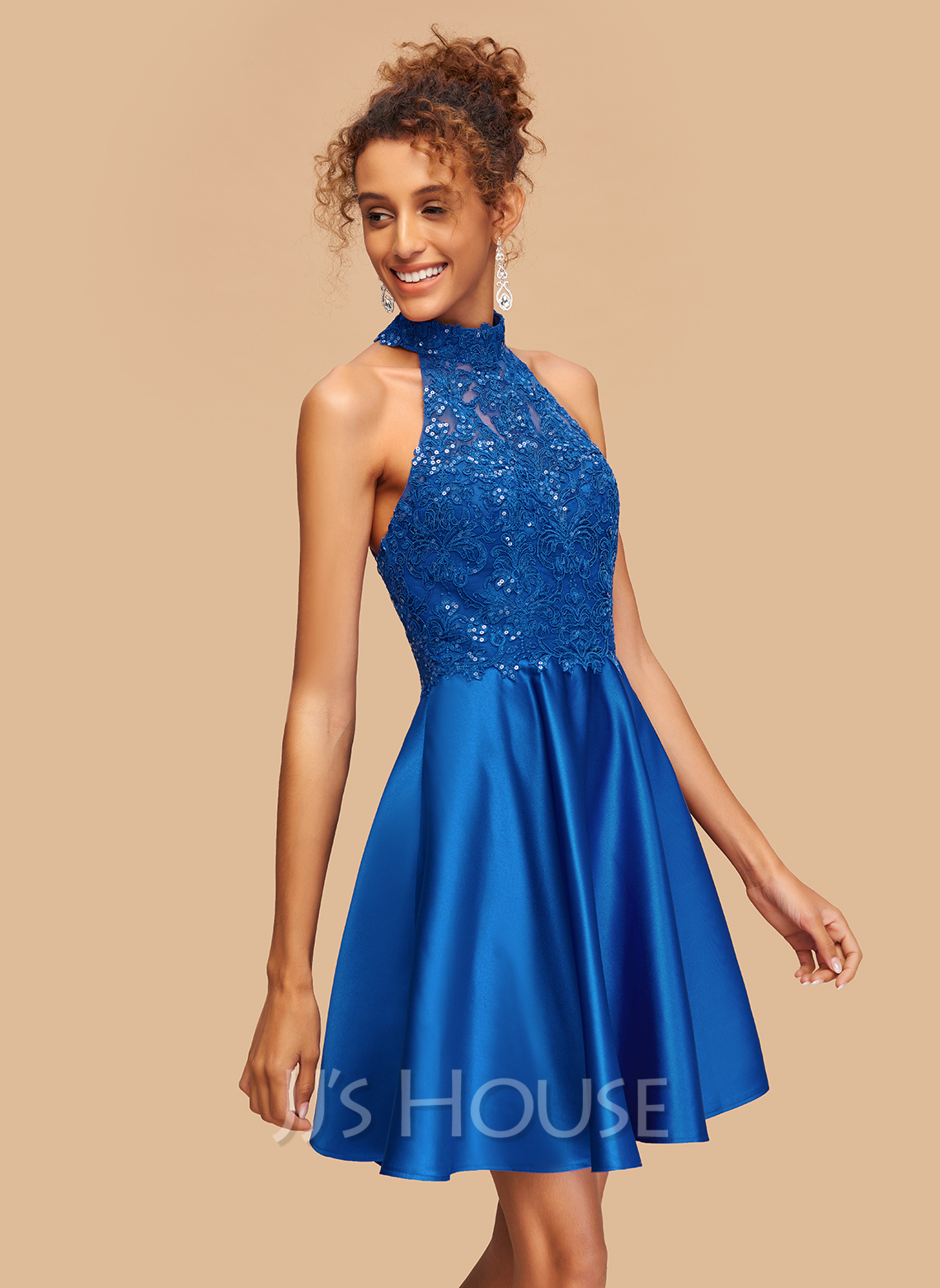 A-Line High Neck Short/Mini Satin Homecoming Dress With Lace Sequins
