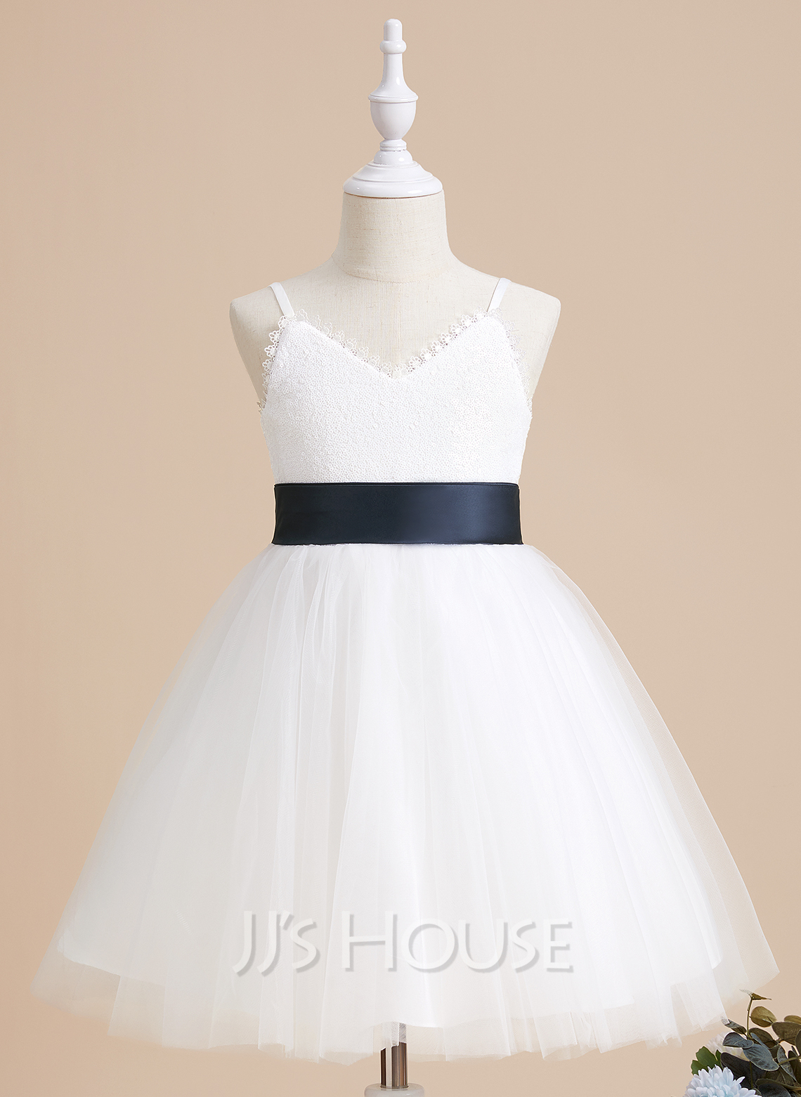 A-Line Knee-length Flower Girl Dress - Tulle Sleeveless V-neck With Sash/Sequins (Detachable sash)