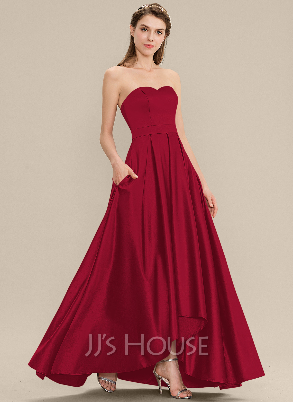 Sweetheart Asymmetrical Satin Bridesmaid Dress With Pockets