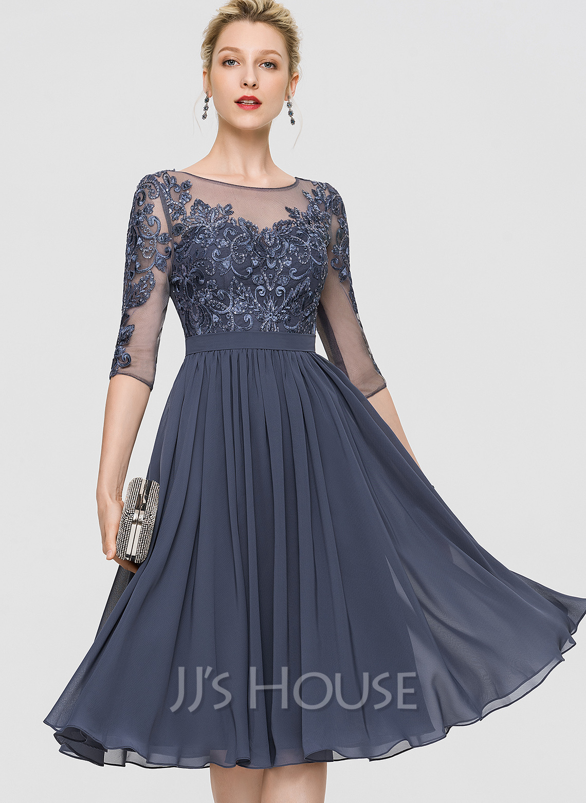 A-Line Scoop Neck Knee-Length Chiffon Cocktail Dress With Sequins