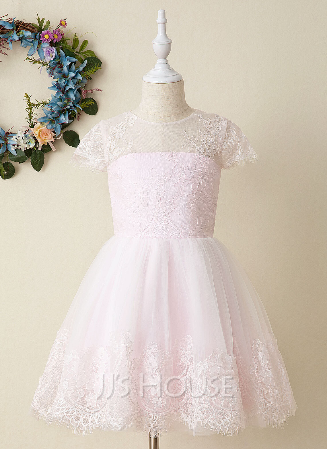 A-Line Knee-length Flower Girl Dress - Tulle/Lace Short Sleeves Scoop Neck With Lace