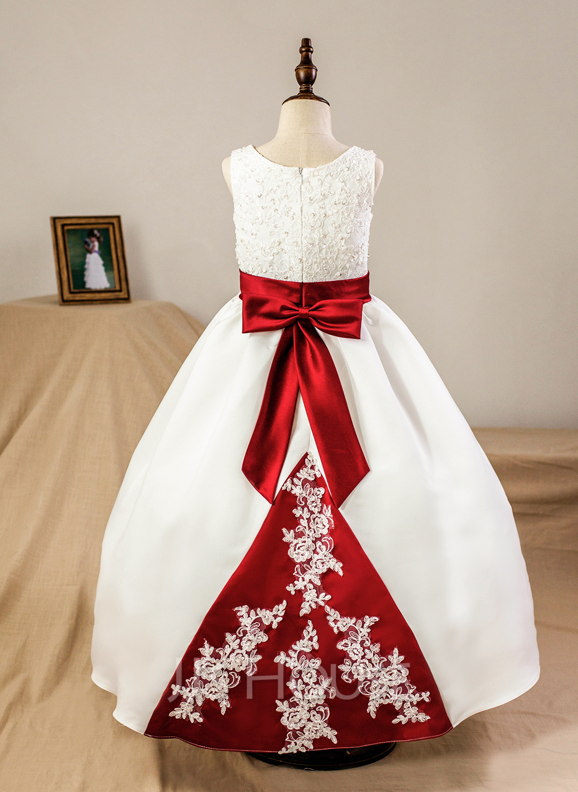 Plesové Délka na zem Flower Girl Dress - Satén Bez rukávů Scoop Neck S Šerpy/Nášivky/Luk (Petticoat NOT included)