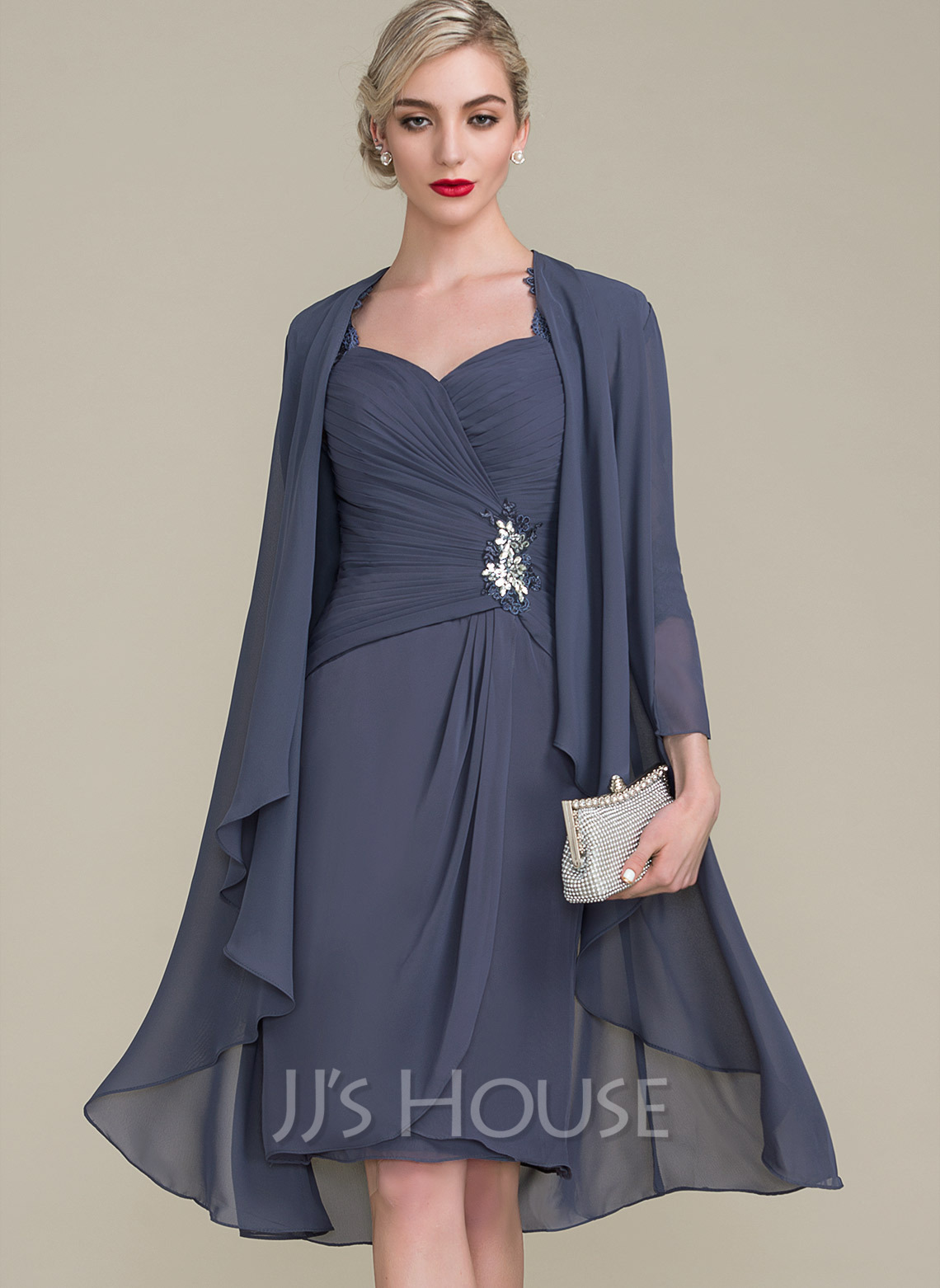 Sheath/Column Sweetheart Knee-Length Chiffon Mother of the Bride Dress With Ruffle Beading Appliques Lace Sequins