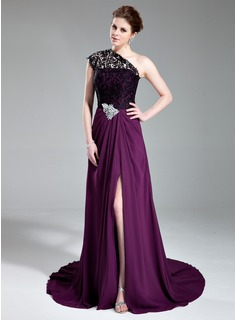 A-Line/Princess One-Shoulder Court Train Chiffon Lace Evening Dress With Beading Split Front