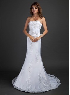 Trumpet/Mermaid Strapless Court Train Tulle Wedding Dress With Beading Appliques Lace Flower(s) Sequins
