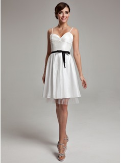 A-Line/Princess Sweetheart Knee-Length Taffeta Wedding Dress With Ruffle Sash Bow(s)