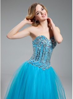 A-Line/Princess Sweetheart Floor-Length Tulle Prom Dress With Beading