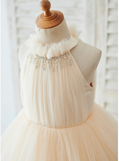 beading pearl dress