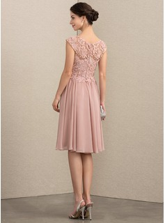 A-Line Scoop Neck Knee-Length Chiffon Lace Mother of the Bride Dress