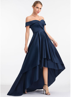 Off-shoulder Asymmetrisk Satin Aftenkjole