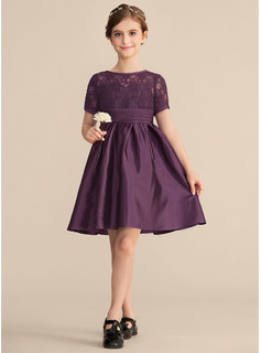Scoop Neck Knee-Length Satin Lace Junior Bridesmaid Dress