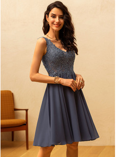 A-Line V-neck Knee-Length Chiffon Cocktail Dress With Beading