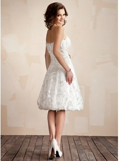 A-Line/Princess Scalloped Neck Knee-Length Lace Wedding Dress With Ruffle Sash Bow(s)