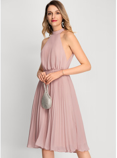 A-Line High Neck Knee-Length Chiffon Cocktail Dress With Pleated