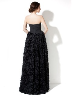A-Line/Princess Sweetheart Floor-Length Lace Prom Dresses With Ruffle Beading Flower(s)