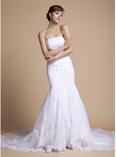 Trumpet/Mermaid Strapless Chapel Train Tulle Lace Wedding Dress With Ruffle Beading Appliques Lace Sequins