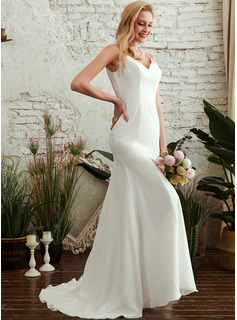 Trumpet/Mermaid V-neck Sweep Train Wedding Dress