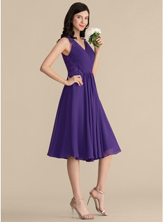 knee length tulle bridesmaid dress