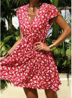 Floral Print A-line V-Neck Cap Sleeve Midi Casual Vacation Skater Dresses