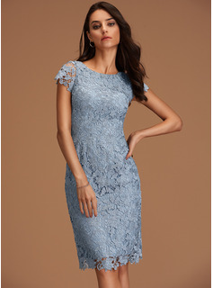 Sheath/Column Scoop Neck Knee-Length Lace Homecoming Dress