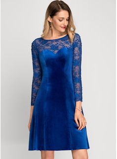 A-Line Scoop Neck Knee-Length Velvet Cocktail Dress With Beading
