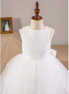 Ball-Gown/Princess Scoop Neck Knee-Length Junior Bridesmaid Dress With Bow(s)