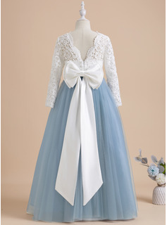 Ball-Gown/Princess Floor-length Flower Girl Dress - Tulle/Lace Long Sleeves Scoop Neck With Bow(s)/V Back