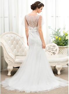 Trumpet/Mermaid Scoop Neck Court Train Tulle Lace Wedding Dress With Beading Sequins Bow(s)